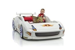 Weißes Rennwagenbett mit kleinem Jungen von Möbel-Zeit