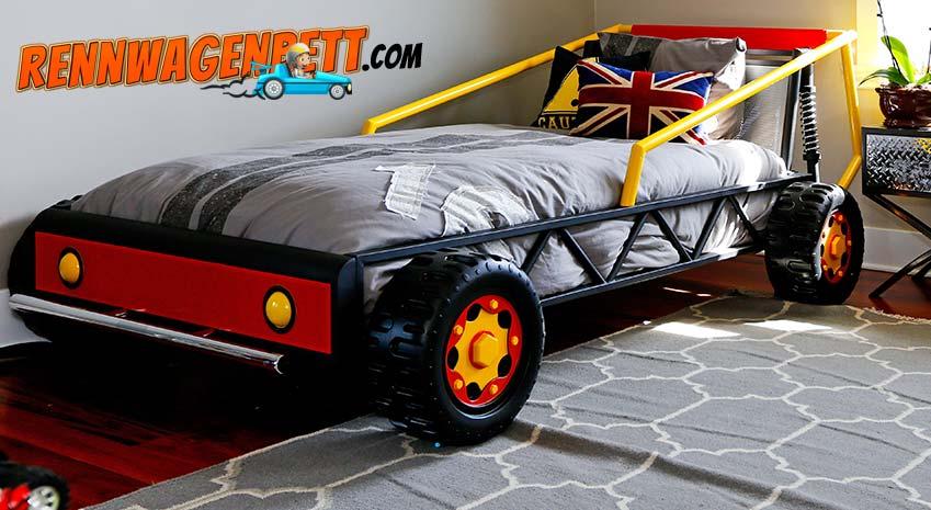 schwarzes Rennwagenbett in Gitteroptik im Kinderzimmer